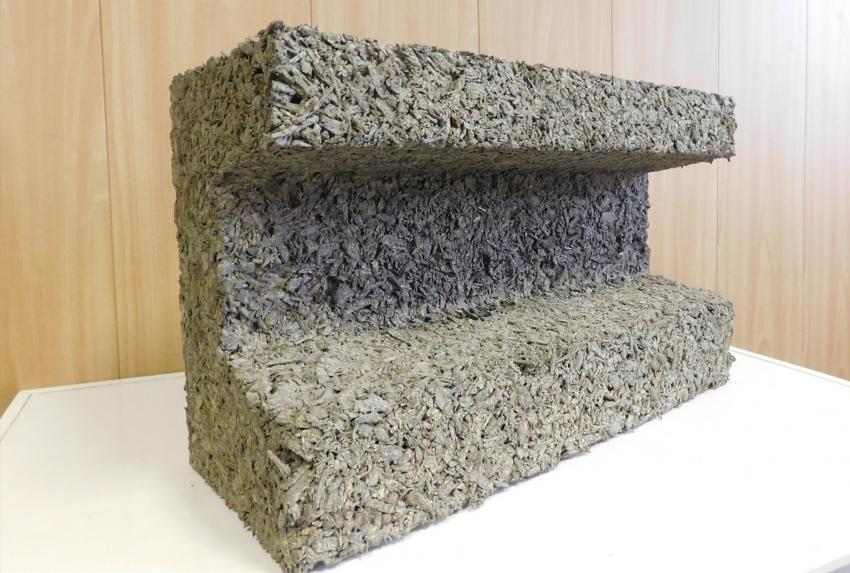Арболитовые блоки могут иметь разнообразную форму, благодаря чему во время строительства можно обойтись без подгонки и обрезки обычных элементов