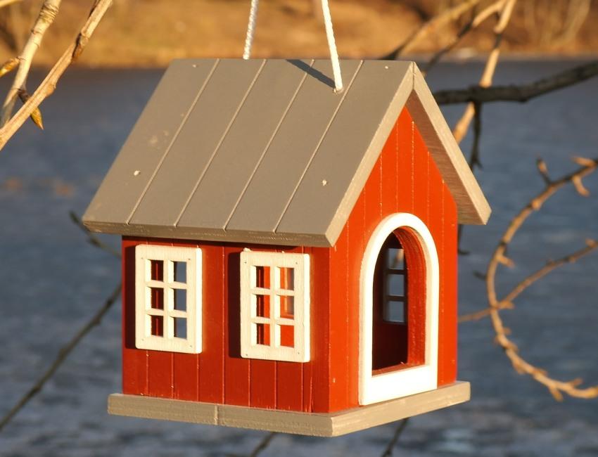 Фанерный домик-столовая для птиц