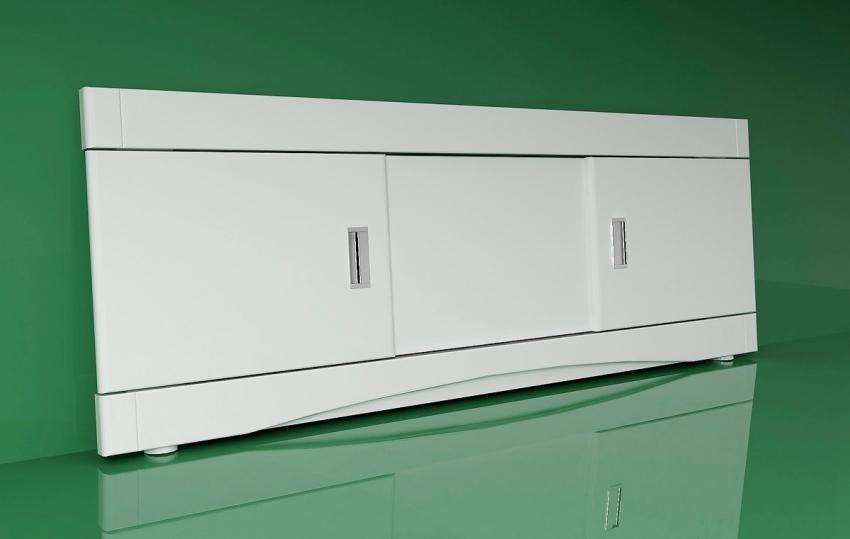 Покупные раздвижные экраны для ванны имеют сборную конструкцию и легки в установке