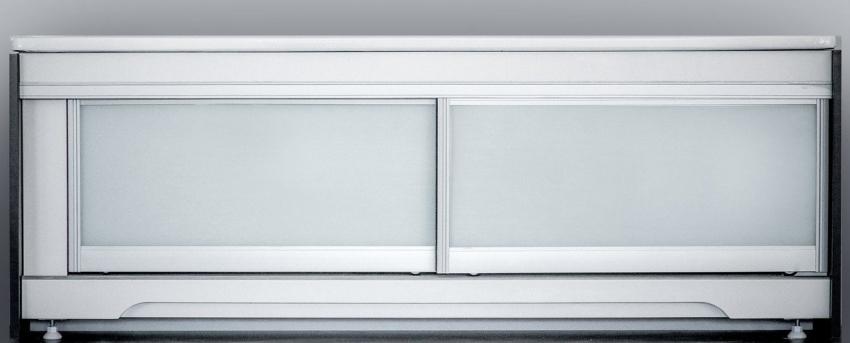 Пластиковые экраны имеют небольшой вес, поэтому не будут нести дополнительной нагрузки на опорную конструкцию ванны