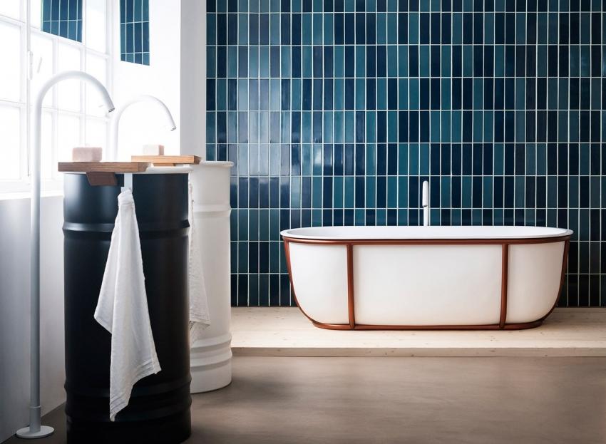 Ванны из чугуна могут иметь самое разнообразное внешнее оформление, что позволяет использовать их для обустройства любого интерьера