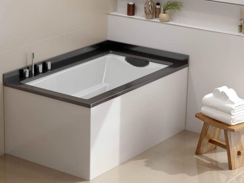 Прямоугольные ванны с четкой геометрией подходят для оформления комнат в стиле хайтек и минимализм