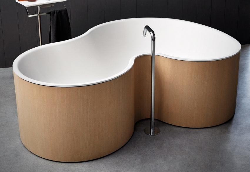 Дизайнерскую ванну необычной формы можно приобрести под заказ или на выставках