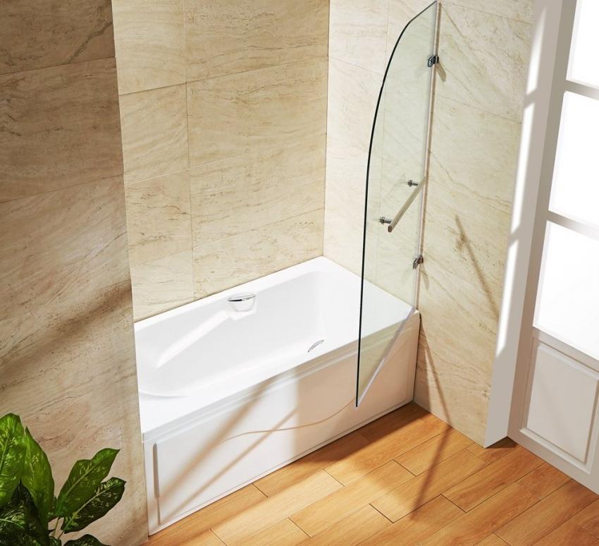 Ванна может быть оснащена удобными ручками а также дверками для принятия душа