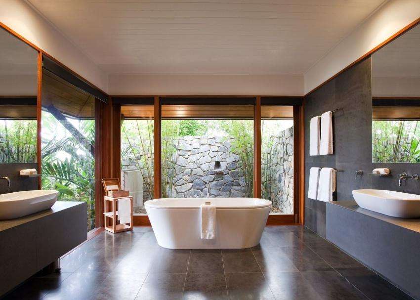 Отдельно стоящие модели ванных требуют наличия большого количества свободного пространства в комнате