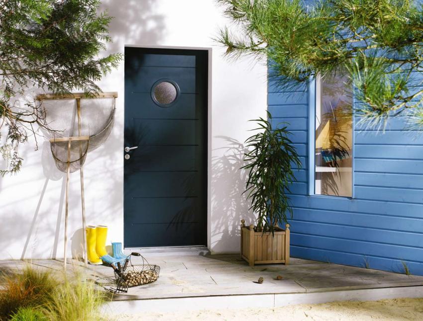 Входная дверь с терморазрывом способна обеспечить надежную защиту от холода даже при низкой минусовой температуре