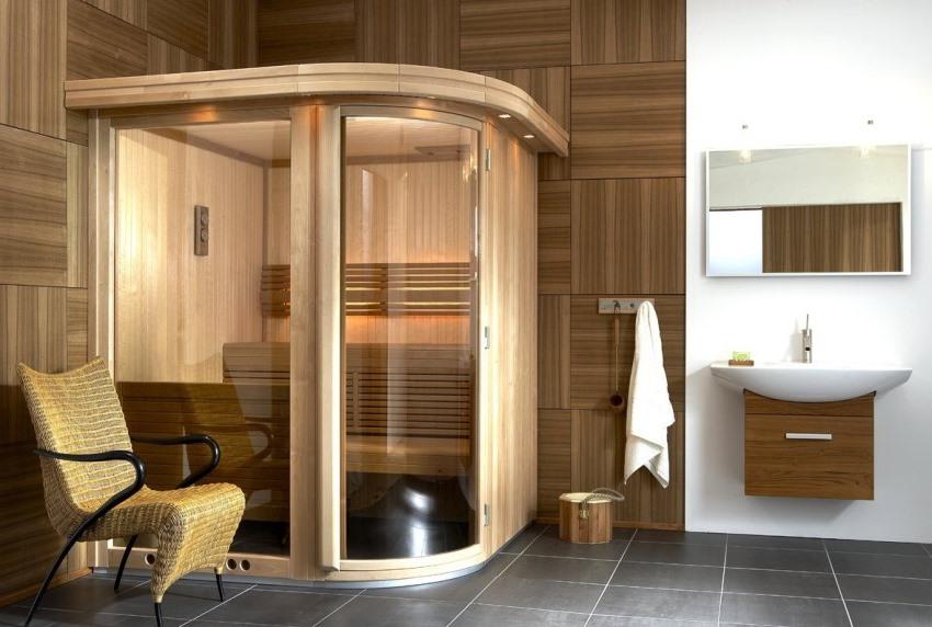 Подбирать форму и дизайн кабинки следует с учетом оформления помещения, где она будет установлена