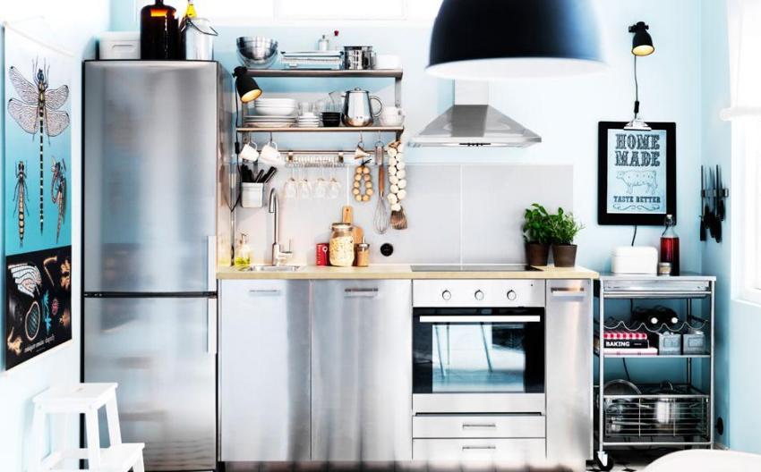 Рабочая зона на кухне расположена в один ряд