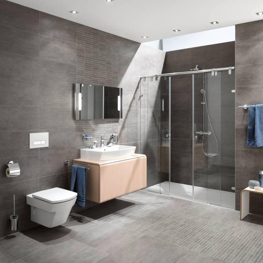 Если замена классического унитаза - процедура точечная, то замена инсталляции может даже потянуть за собой необходимость нового ремонта туалетной комнаты