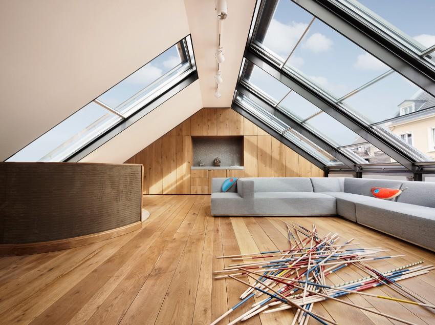 Двускатная крыша дома-шалаша сильно нагревается летом, за счет ее значительных размеров