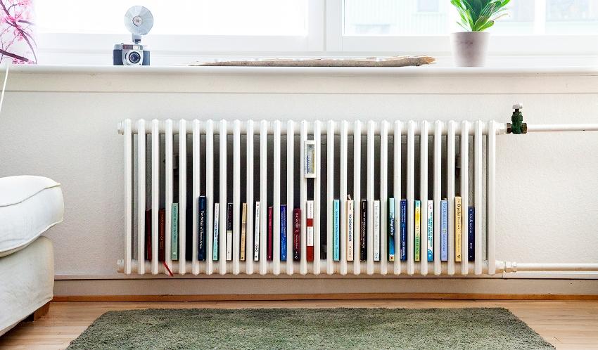 Используемый материал для вертикальных радиаторов не имеет ограничений, они могут быть металлическими, биметаллическими, стеклянными, деревянными, каменными