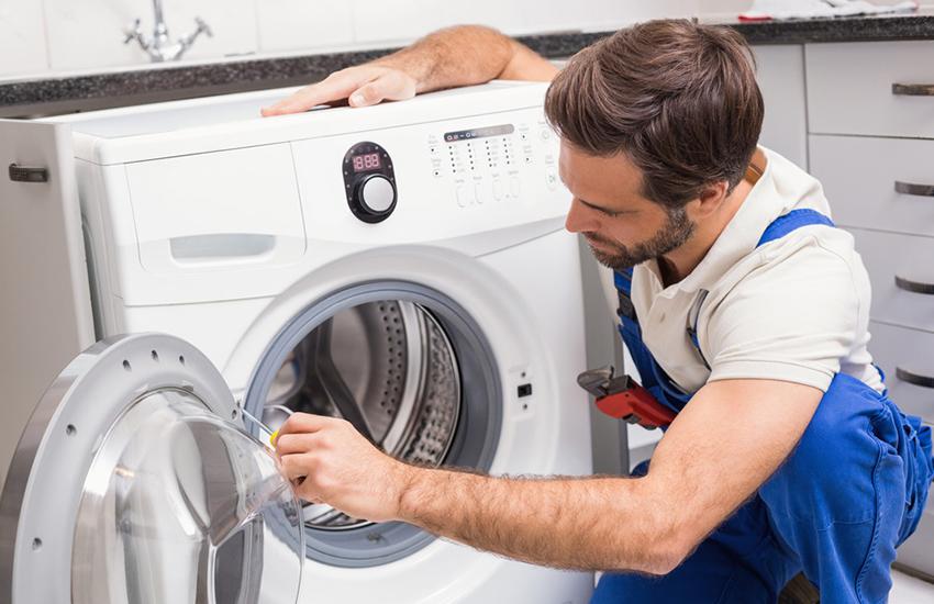 Чем больше будет стоить стиральная машина, тем дороже выйдет её ремонт