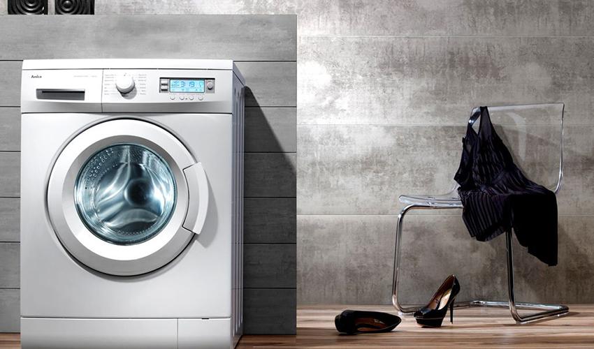 Темную и цветную одежду лучше стирать при невысоких температурах