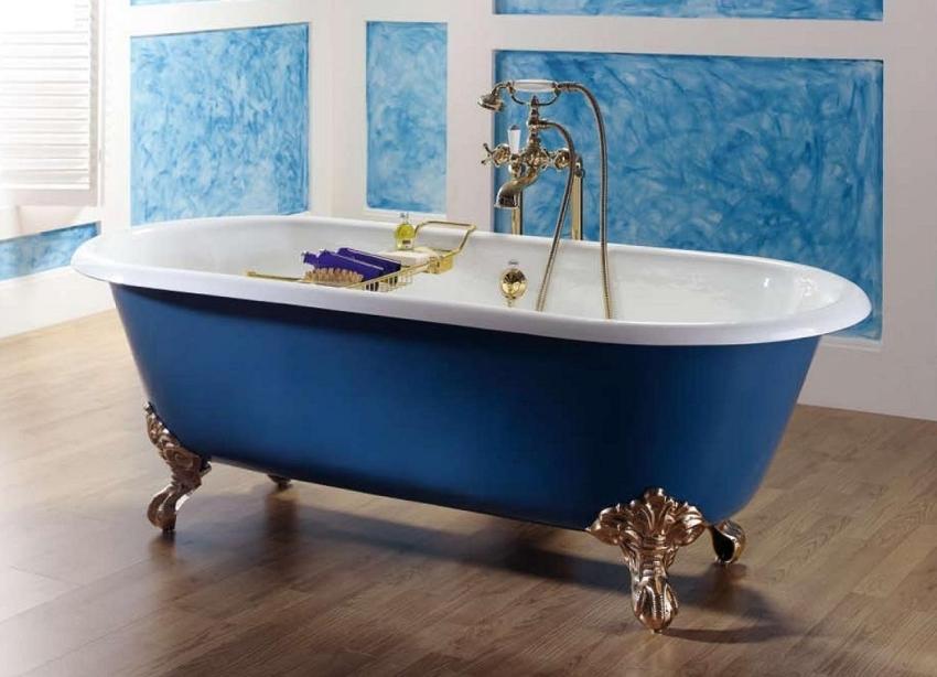 Для восстановления чугунной ванной используют два вида составов: эпоксидное и акриловое покрытие