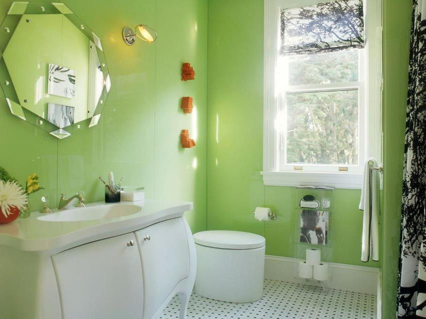 Красителями на основе хлоркаучука можно покрывать всю поверхность стен, включая места которые будут контактировать с водой