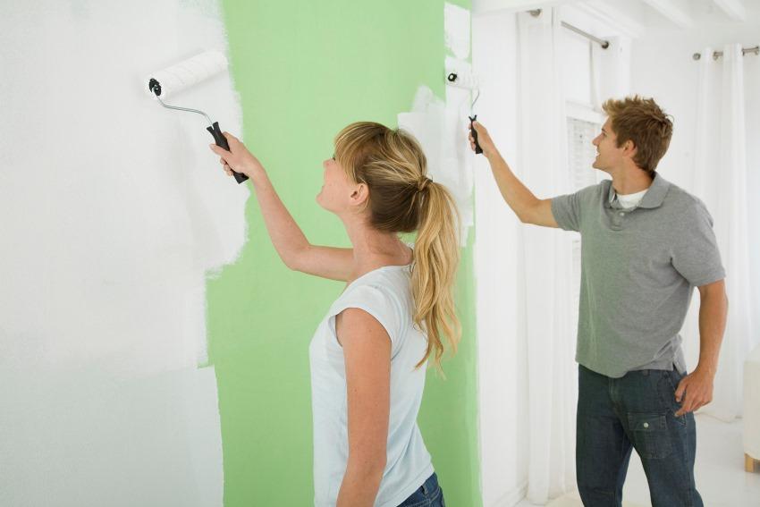 Красящие составы для стен в ванной комнате - наиболее доступный и популярный вид отделочного материала