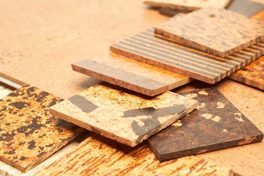 Использование различных материалов для финишного покрытия пробковых плит позволяют увеличить срок службы