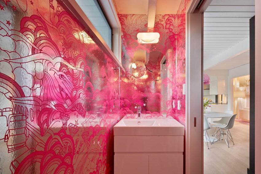 Так как напольные тумбы для ванной комнаты самые популярные изделия в своей категории, то производители мебели предлагают великое множество их моделей