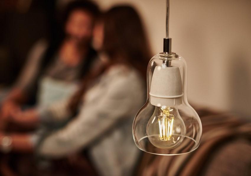 При выборе диммируемых лам следует ориентироваться не только на форму но и на показатель уровня диммирования, степень мерцания лампы и угол рассеивания света