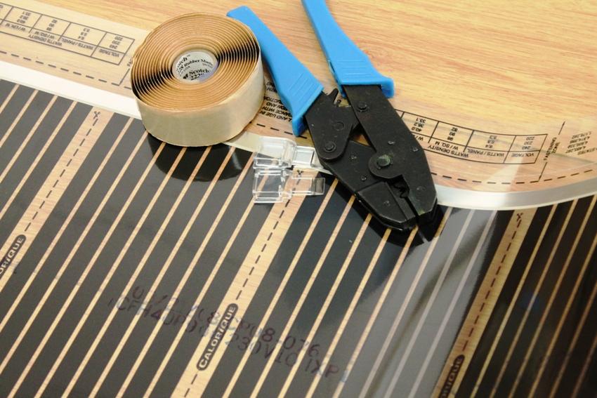 Укладка и подключение пленочных ИК нагревателей не требует специальной подготовки и может быть выполнена собственноручно