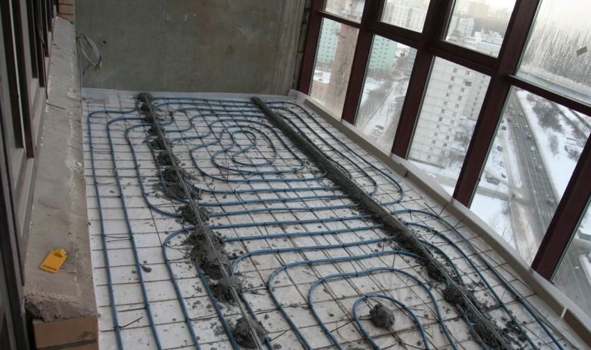 В некоторых случаях, при монтаже системы теплого пола необходимо произвести укладку сразу двух видов стяжки