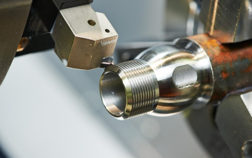 Токарные станки по металлу от компаний OPTIMUM и JET зарекомендовали себя как надежные и долговечные агрегаты