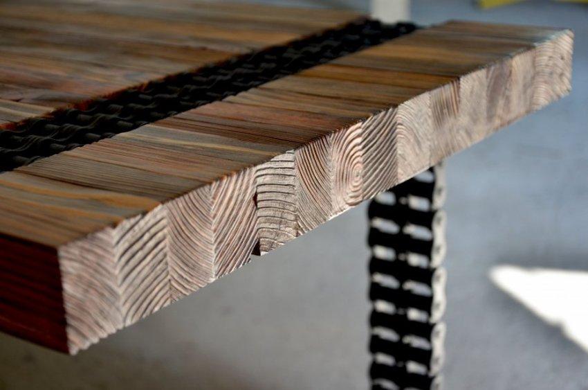Цена работ зависит и от конкретной породы древесины, а также от ее размеров