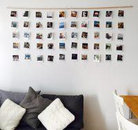 Оформление стены семейными фото