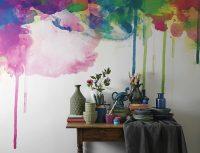 Можно вызвать профессионала для оформления стены красками