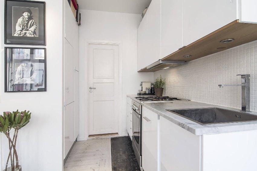 Мебель для кухни однокомнатной квартиры должна быть многофункциональной