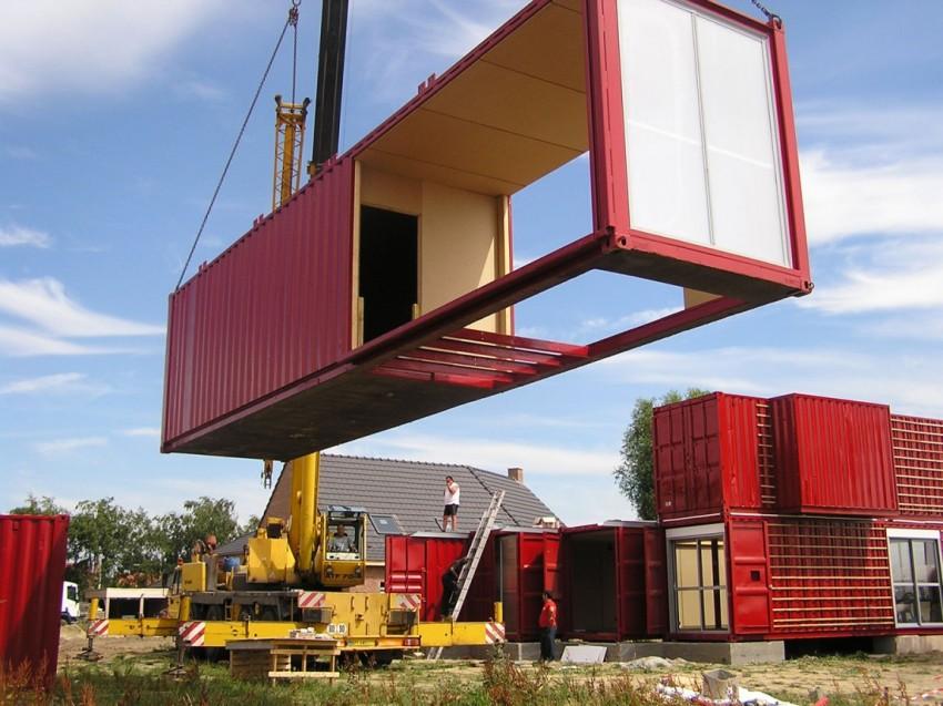 Для транспортировки и установки контейнеров потребуется помощь специализированной техники