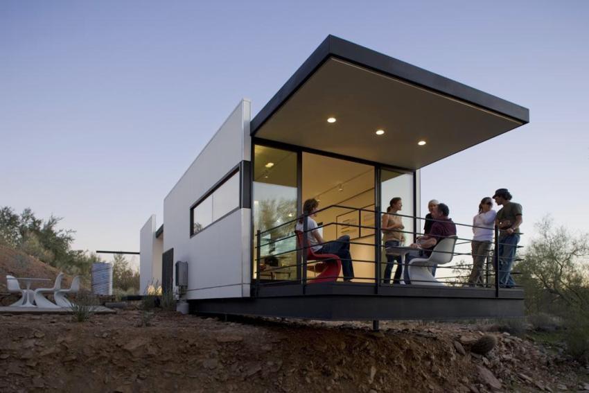 Удлиняя пол и потолок контейнера можно получить площадку для отдыха - террасу