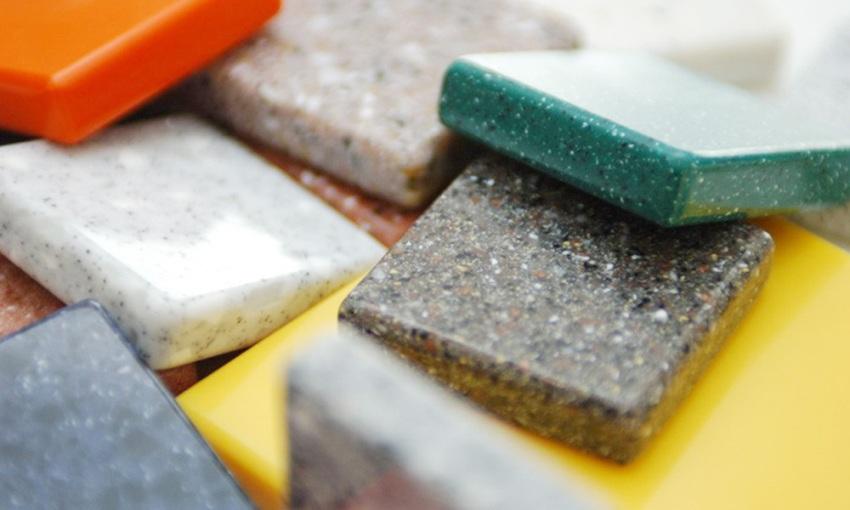 Сфера применения акрилового камня практически не ограничена за счет отличных гигиенических характеристик и отсутствия в структуре пор
