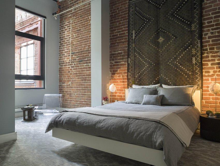 Оформление интерьера спальни в стиле лофт