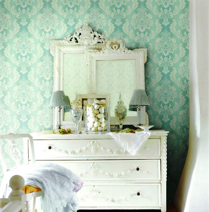 Несмотря на то, что обои такого типа удобны в использовании и не требуют наличия определенных навыков декорирования, при оформлении отдельных комнат следует учитывать некоторые особенности