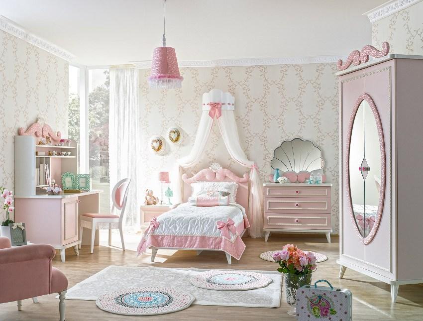 Выбрав стиль прованс для детской комнаты можно воспитать в ребенке хороший вкус и чувство прекрасного