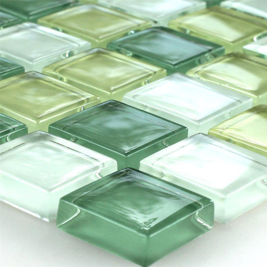 В процессе изготовления стеклянная плитка проходит термическую обработку, в результате материал получается очень прочным