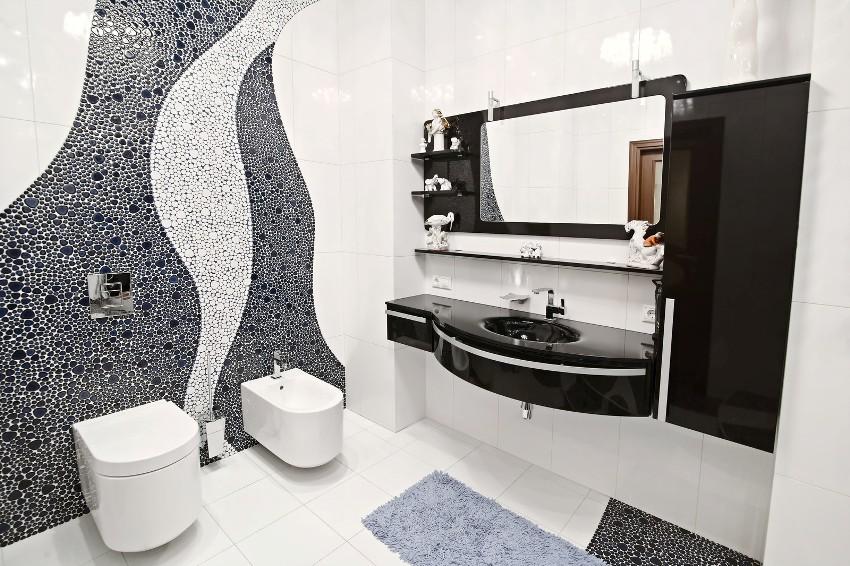 Большинство разновидностей плитки мозайки обладают общими преимущественными характеристиками: надежность, долговечность, влагостойкость