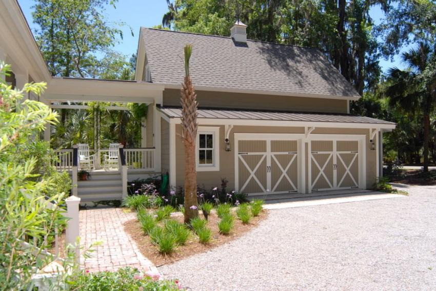 Важным преимуществом одноэтажного дома с объединенным гаражом в том, что это сочетание экономит территорию