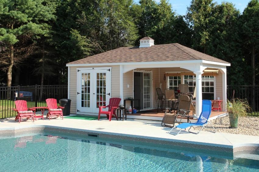 Проекты одноэтажных домов с террасой чаще всего востребованы в более южных и теплых регионах