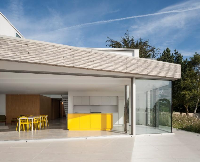 Благодаря террасе связи между помещениями будут гораздо удобными и практичными