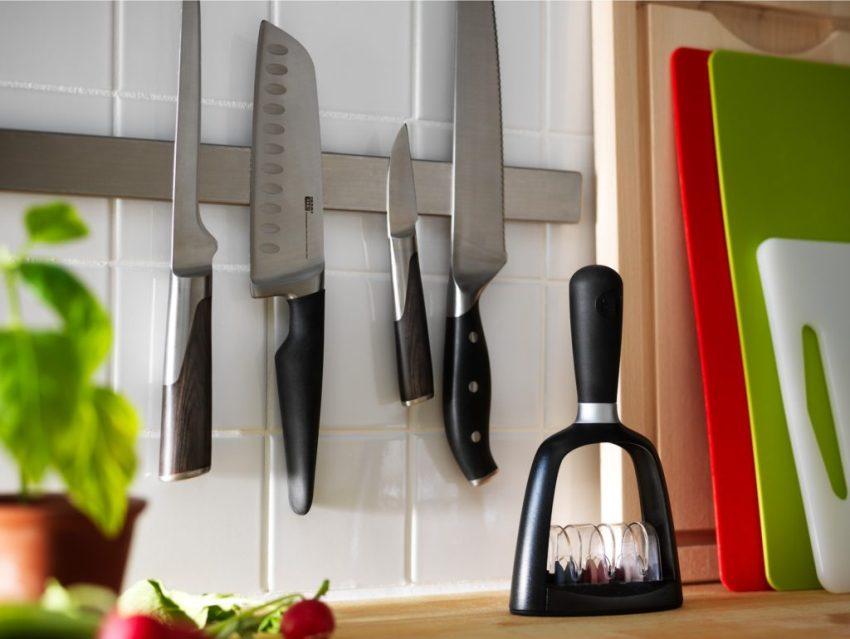 Магнитный кухонный рейлинг для хранения разделочных ножей