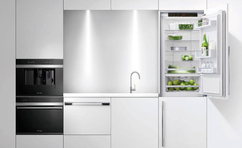 Объем встраиваемого холодильника GORENGE RKI 5181 KW составляет 282 л