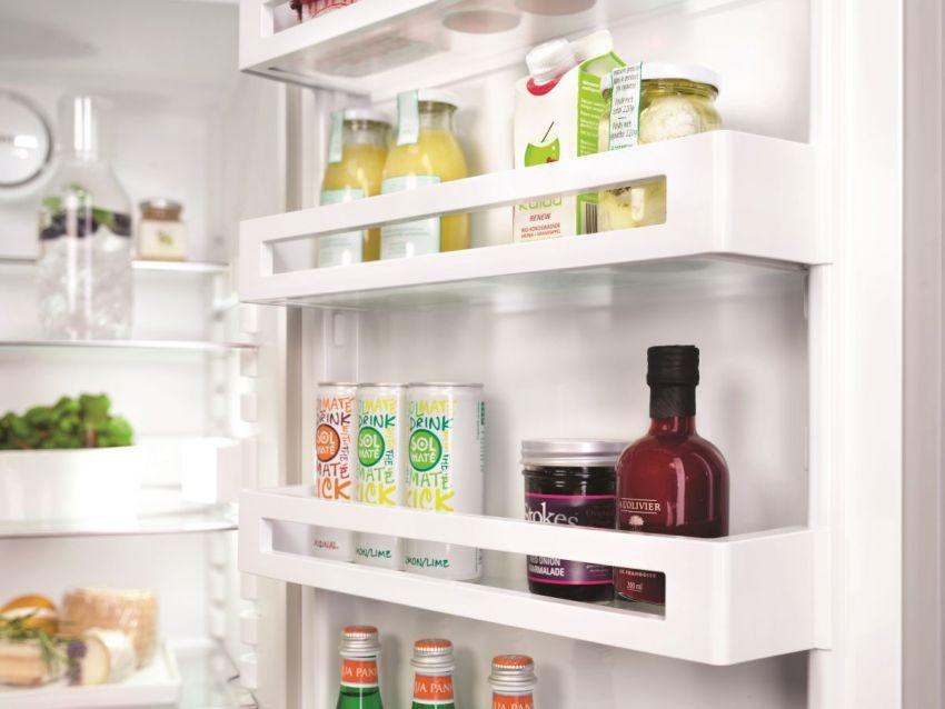 Шум при работе холодильника LIEBHERR CT 3306 не превышает 40 дБ
