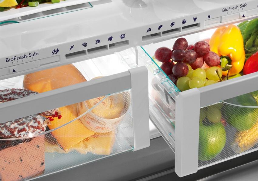 Современные модели холодильников оснащаются Fresh Zone - отсеком для хранения овощей и фруктов