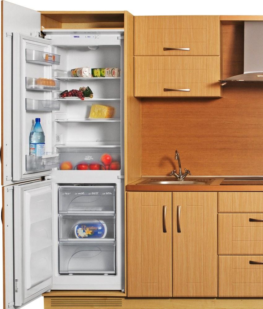 Холодильник АТЛАНТ XM 4307-000, встроенный в кухонный гарнитур