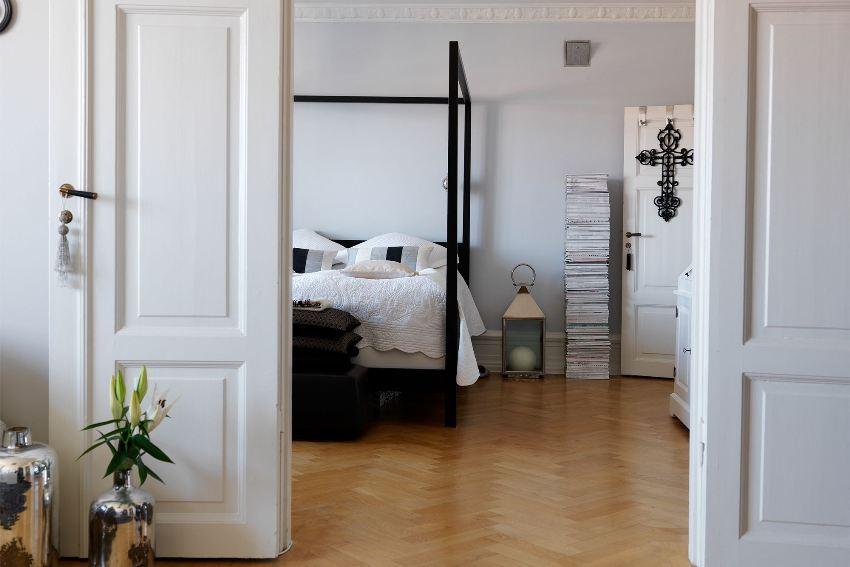 При выборе ручек для дверей необходимо учитывать общее стилевое оформление интерьера