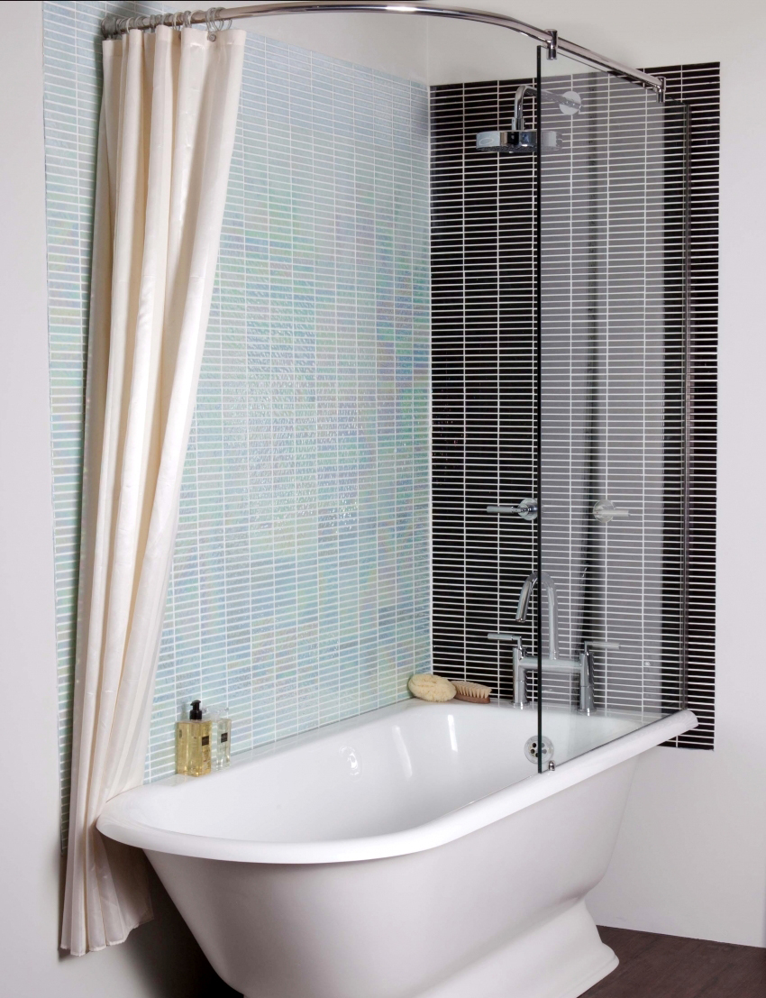 Стеклянные шторки – это не только красиво, но также и практично
