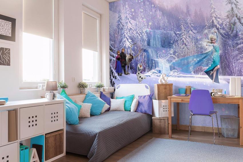 3Д обои - это своеобразные фото картины с уникальной технологией нанесения рисунка, делающие комнату насыщенной и реалистичной