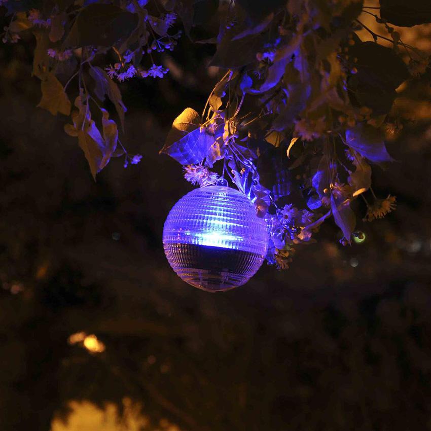 Относительно небольшой световой поток акцентированных светильников предназначен для «маркировки места», а не для освещения объекта или пути